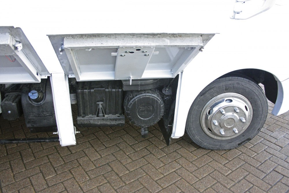 Easy access to batteries and engine air cleaner - Cannon Euro Variant Luxor Coach, Ireland